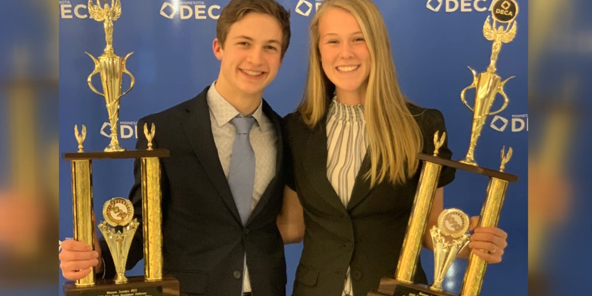 Two Mankato West students qualify for international DECA competition