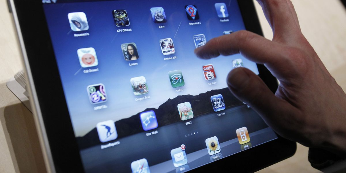 Bed bugs found in school iPad cases prompt cleaning lessons