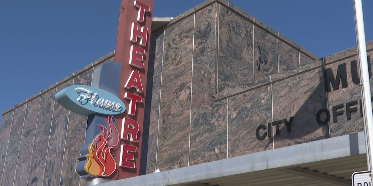 62 years after fire interrupts movie, Flame Theatre gives second-chance showing