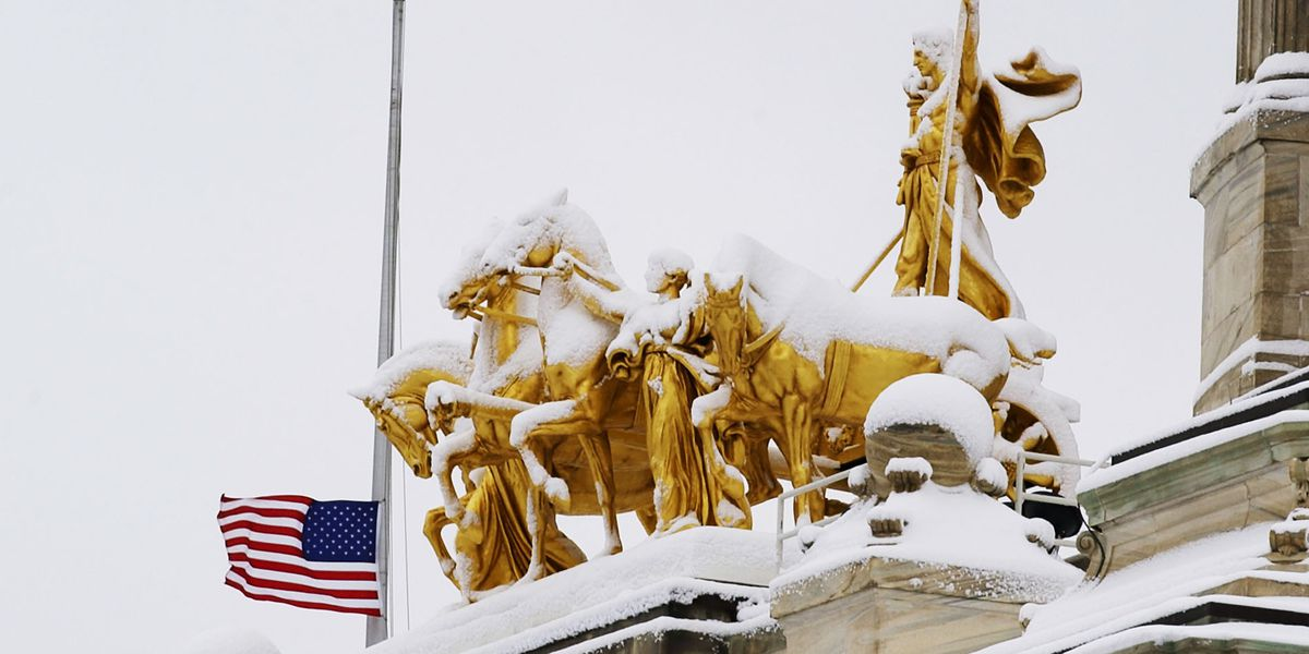 Minnesota lawmakers begin debating how to use budget surplus