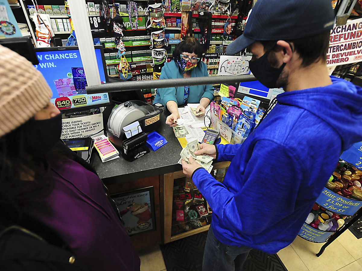 $640 million Powerball drawing up next as big jackpots grow