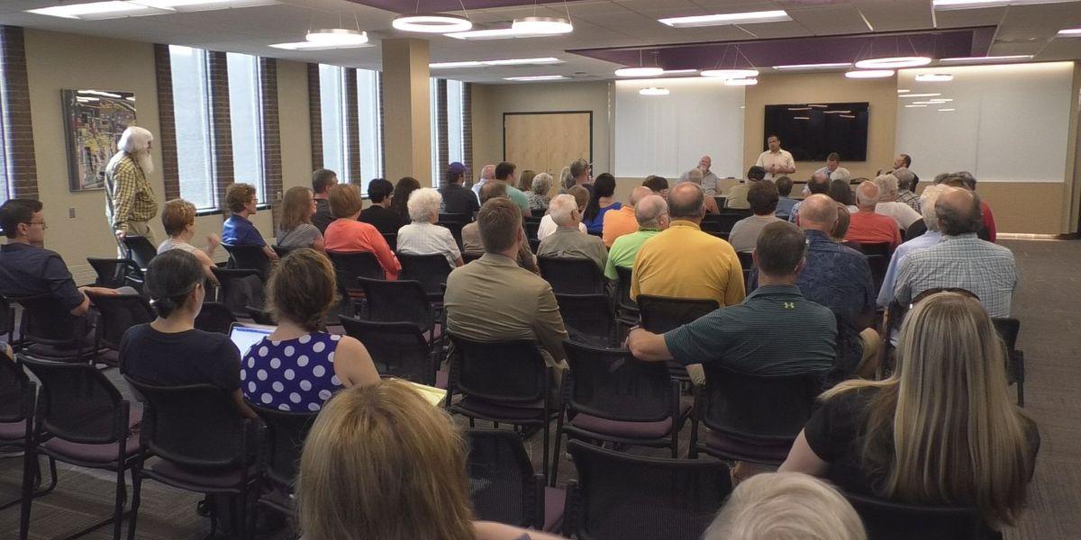 Minnesota Attorney General Keith Ellison stops in Mankato on listening tour