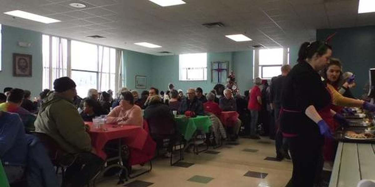 Mankato Salvation Army serves Christmas meals to community members