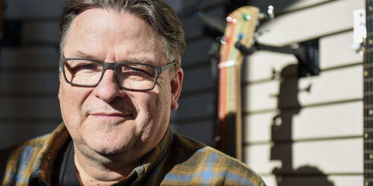 Ouren Instruments in North Mankato repairs, recycles old guitars and banjos