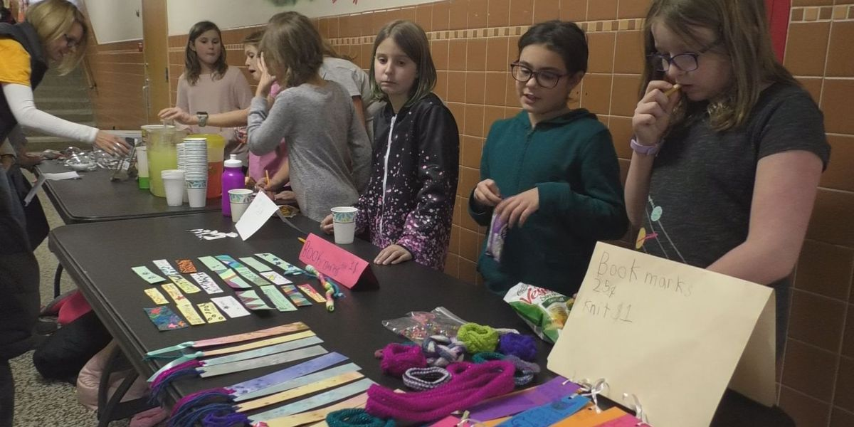 Girls on the Run hosts charity craft sale