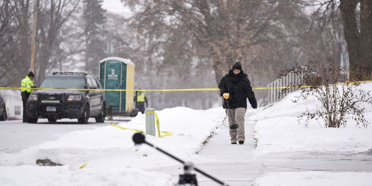 Waseca officer in critical condition after shooting; suspect wounded