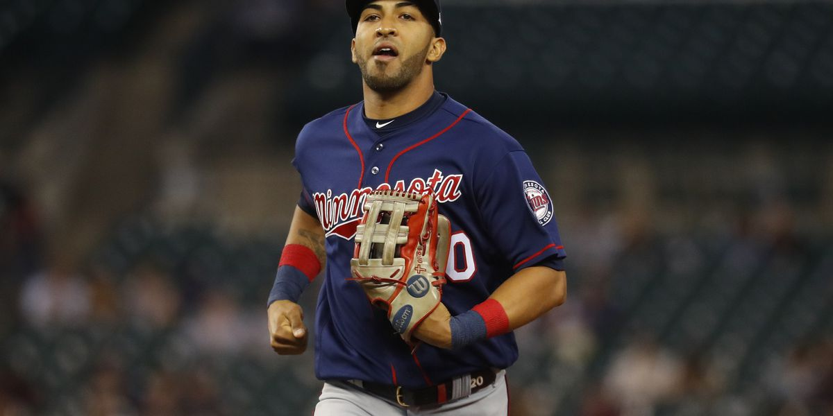 Twins non-tender Rosario, Wisler; reach deals with 5 players