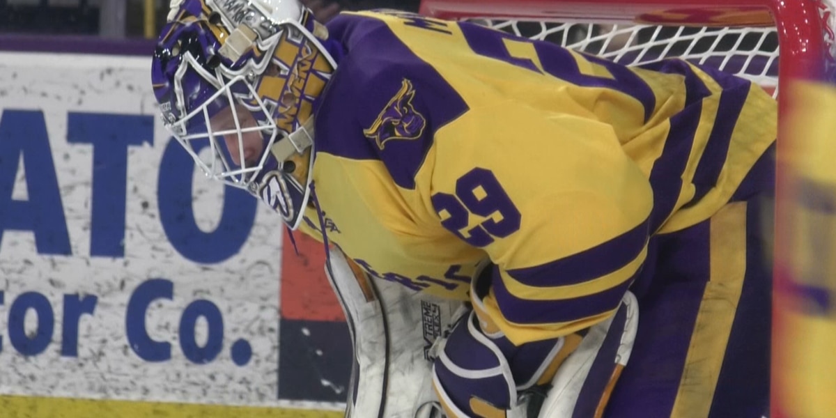 No. 3 Mavericks overpowered by Northern Michigan in WCHA semifinal