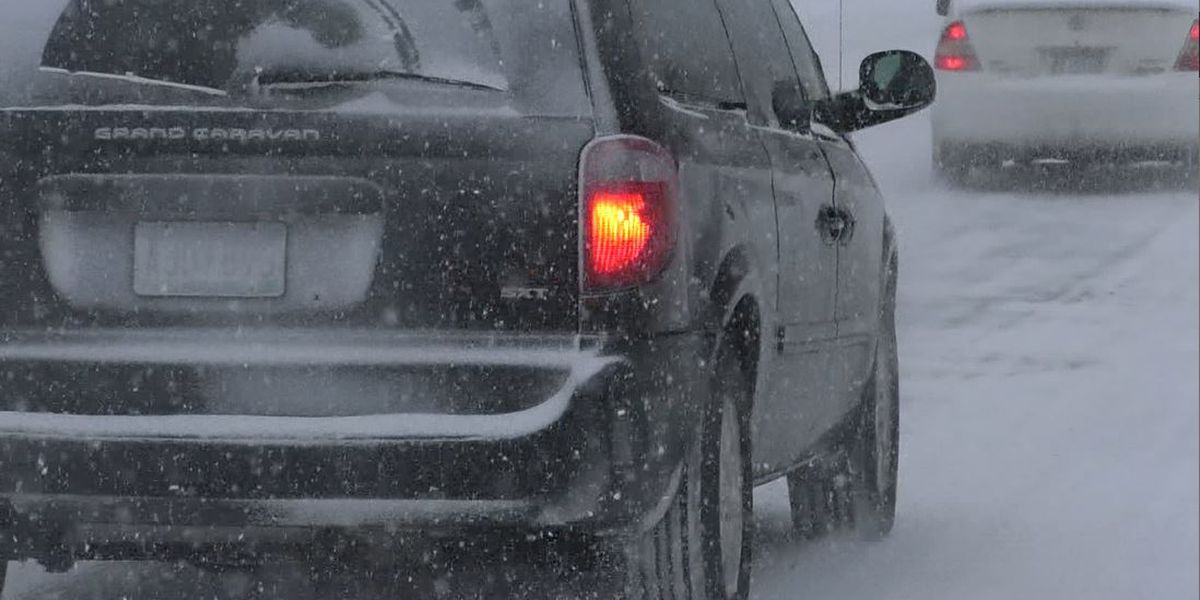 Minnesota State Patrol reports 876 crashes statewide over the weekend