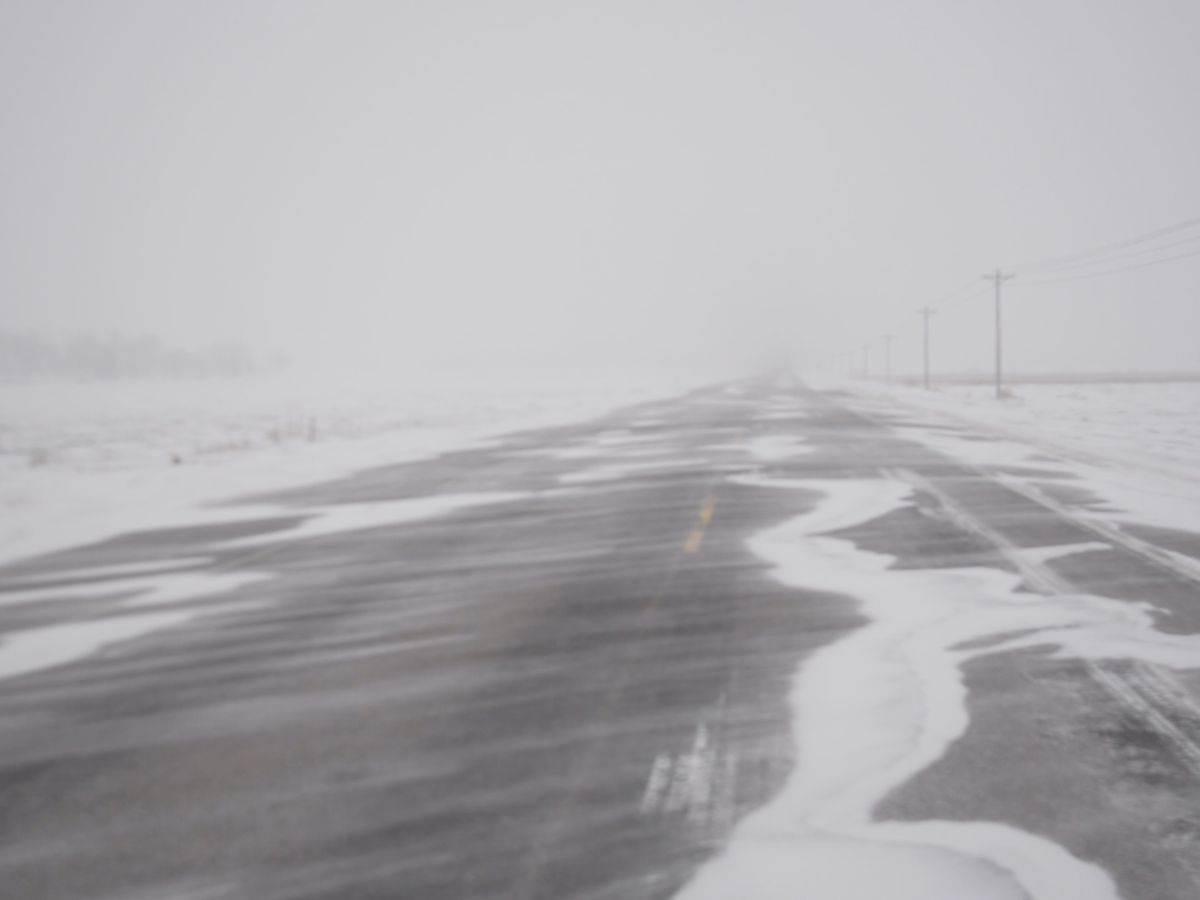 MnDOT closes state highways as blizzard, winter storm move in