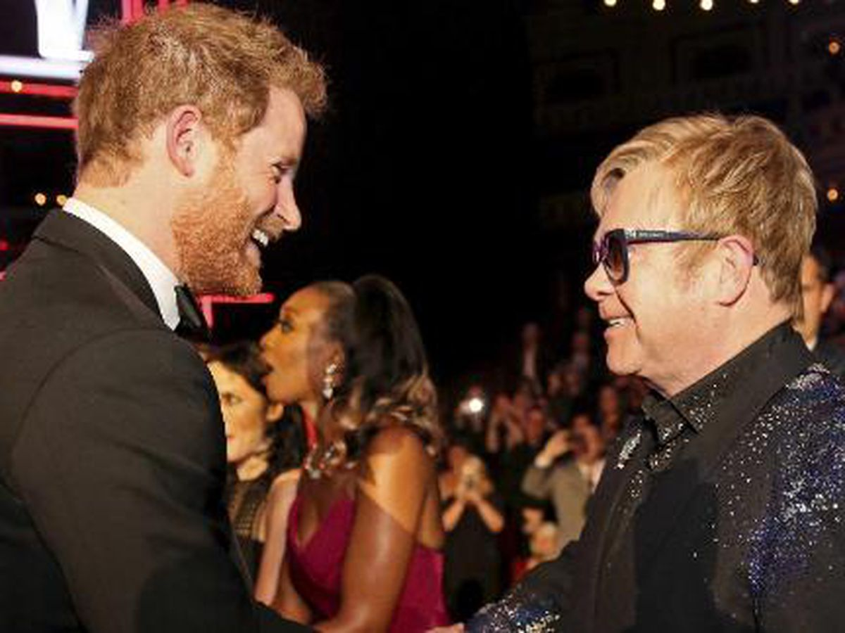 Elton John slams media for criticizing Harry, Meghan over private jet use