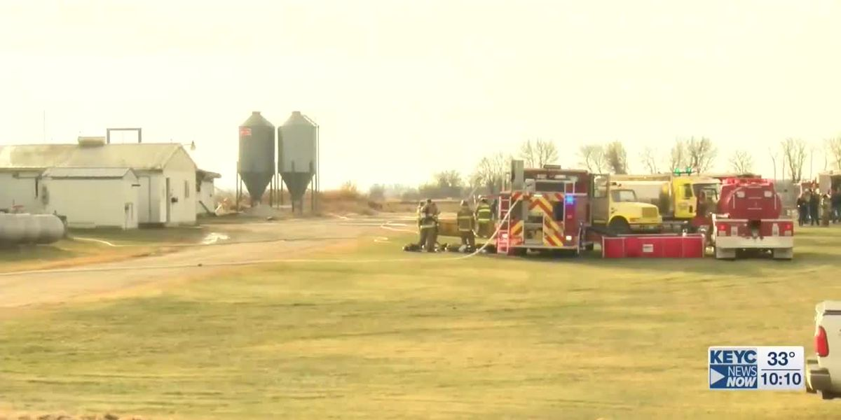 Crews respond to fire at hog farm near Blooming Prairie