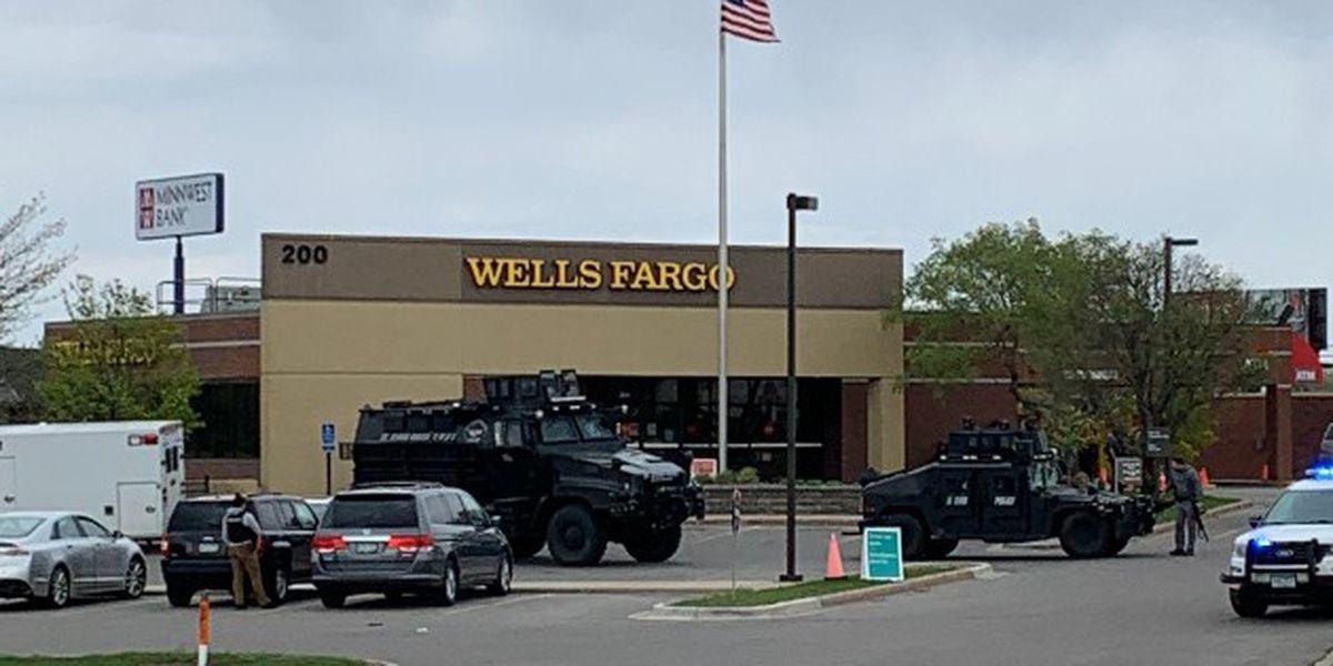 Bank hostage suspect taken into custody