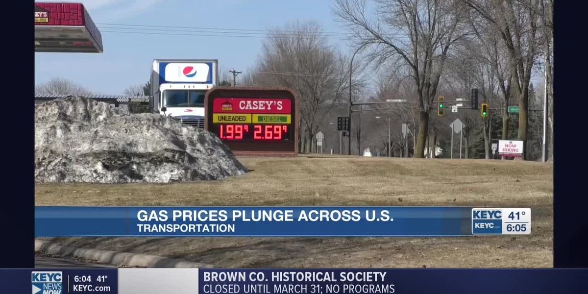 Gas prices plummet, expected to keep going down