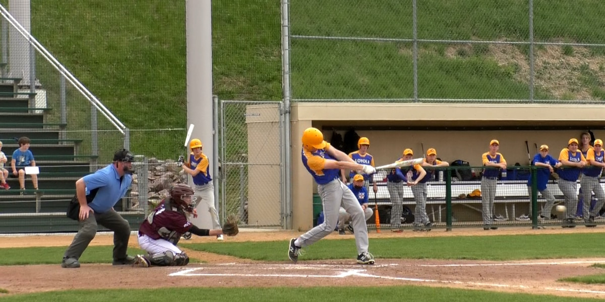Greyhounds edge Crusaders in extra innings
