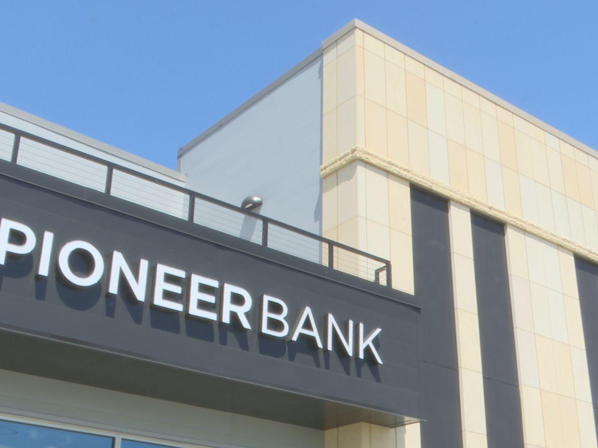 Pioneer Bank donates 5,000 water bottles to area schools