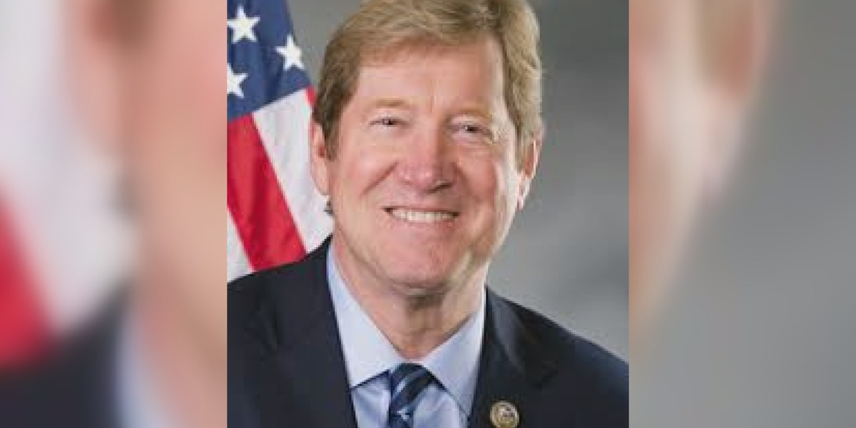 Republican Jason Lewis to challenge Sen. Tina Smith