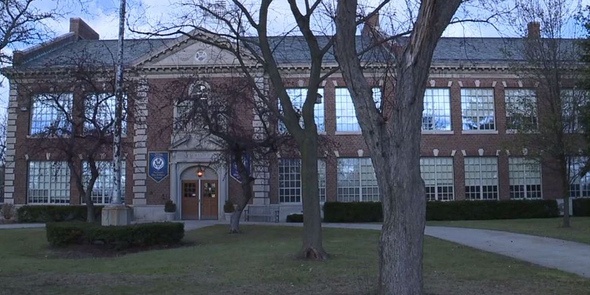 Teacher accused of asking 5-year-old boy to rub lotion on his back at Mich. school