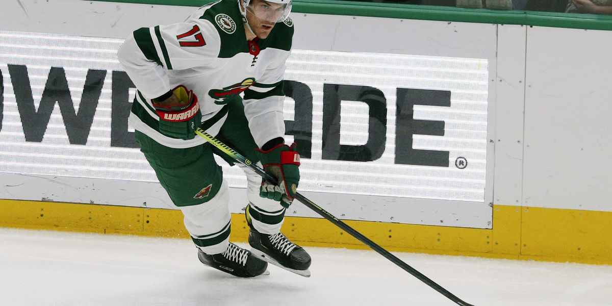 Wild extend forward Marcus Foligno with 3-year, $9.3M deal