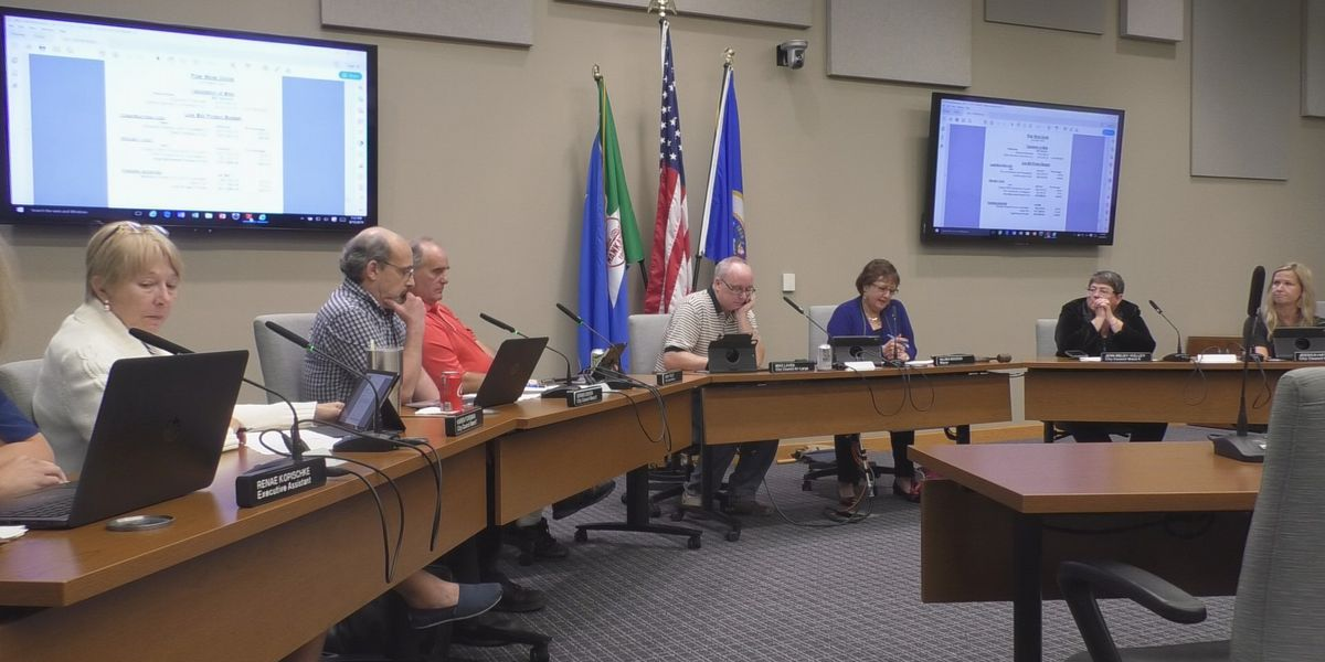 Mankato City Council amends alcohol restriction zones and accept bids for new Pow Wow arbor