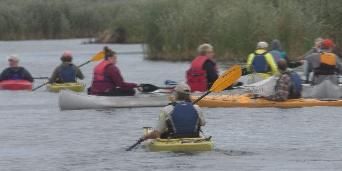 Community gets the chance to canoe in the Swan Lake Paddle