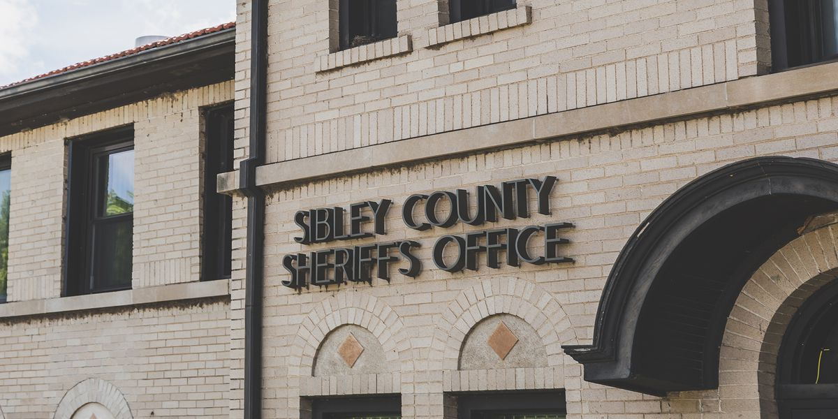 Authorities seek public's assistance in Sibley County burglary