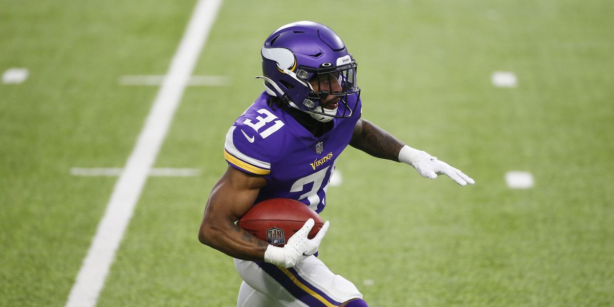 Vikings maintain depth by re-signing RB Ameer Abdullah