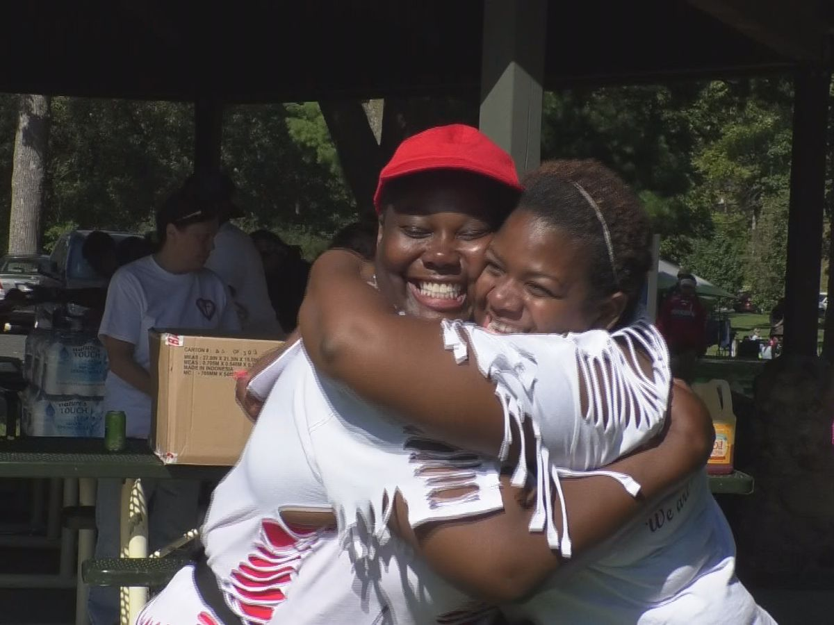 Love in Mankato event draws hundreds of people