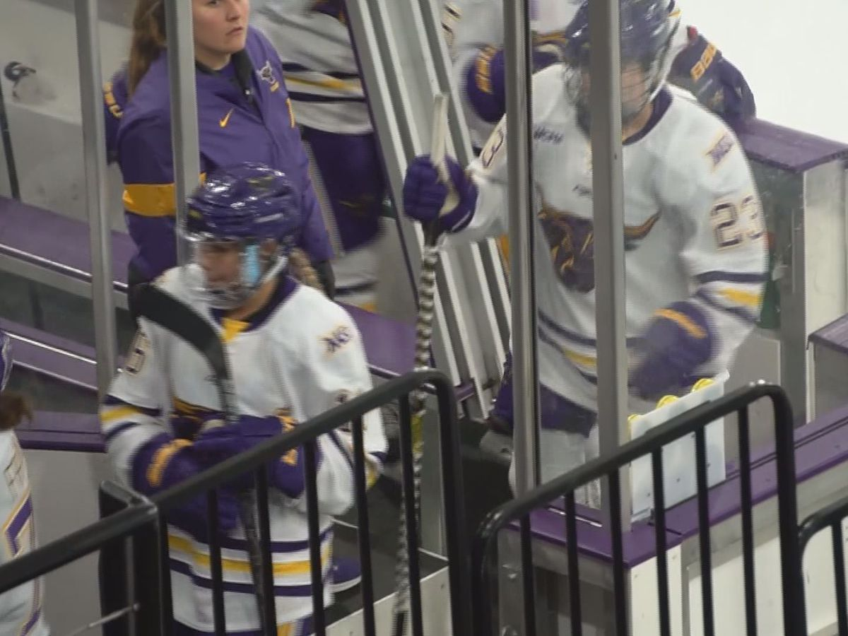 Minnesota State falls to Huskies; still seeking first win