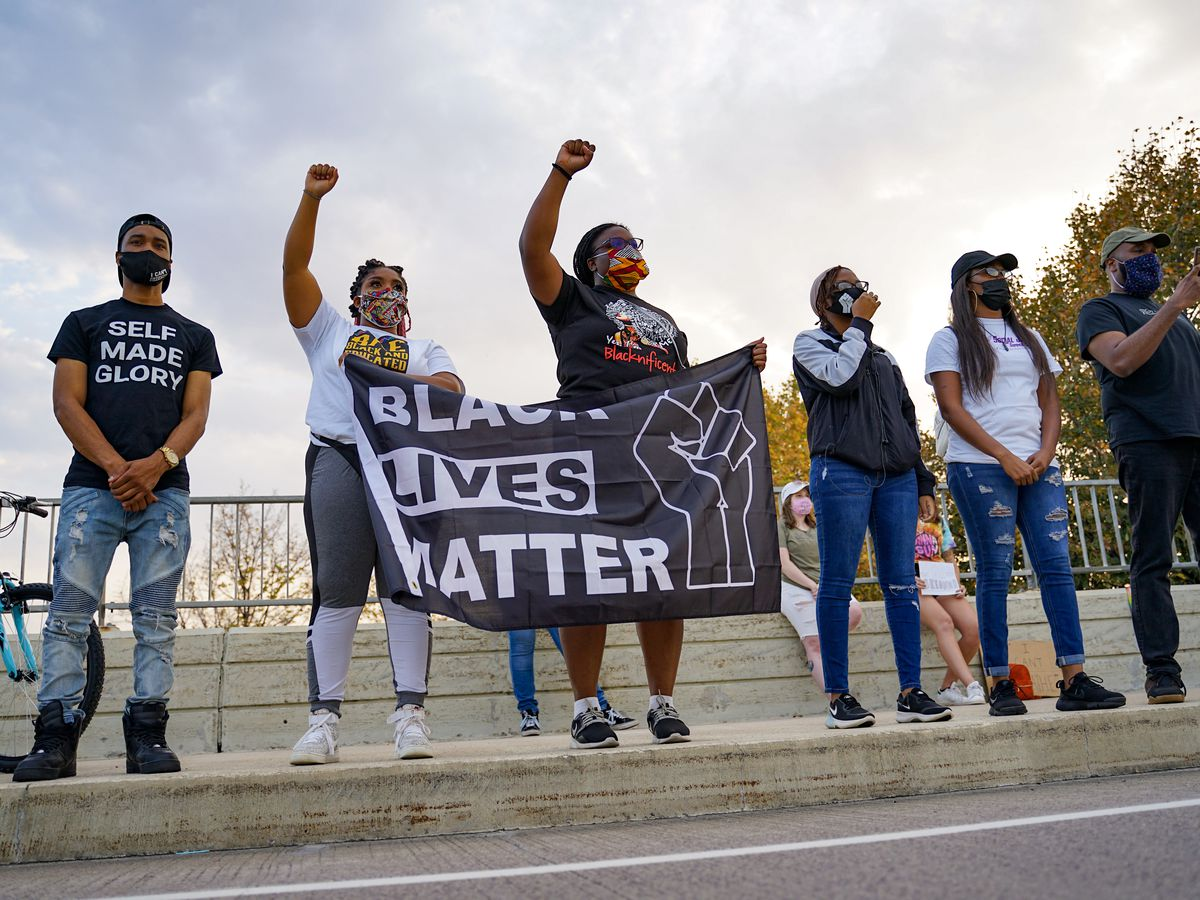 Protesters gather in Mankato after Breonna Taylor court decision