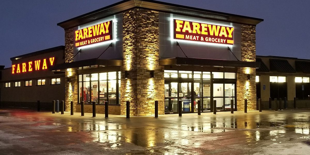 Fareway to give hourly employees bonuses, paid-time off for efforts during COVID-19 pandemic