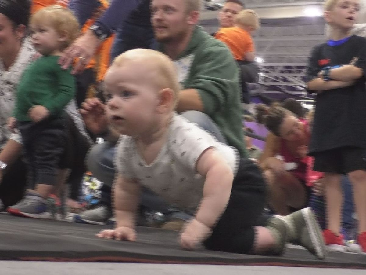Young runners take over day one of the Mankato Marathon weekend