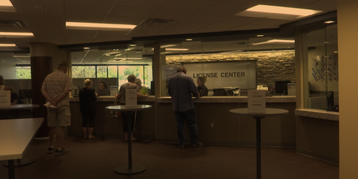 New Blue Earth County License Center opens