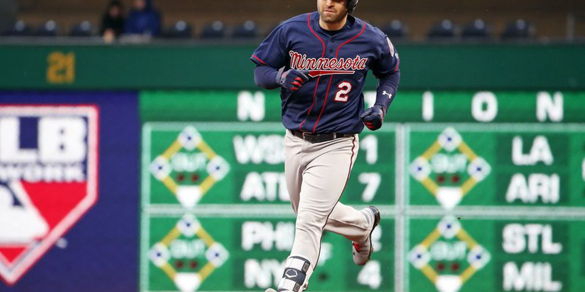Former Twins 2B Brian Dozier retires after 9 years in majors
