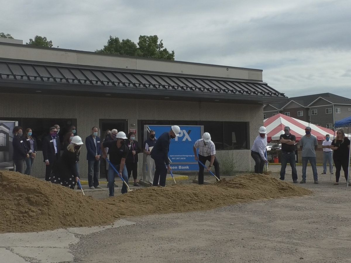 Frandsen Bank and Trust breaks ground at new North Mankato location