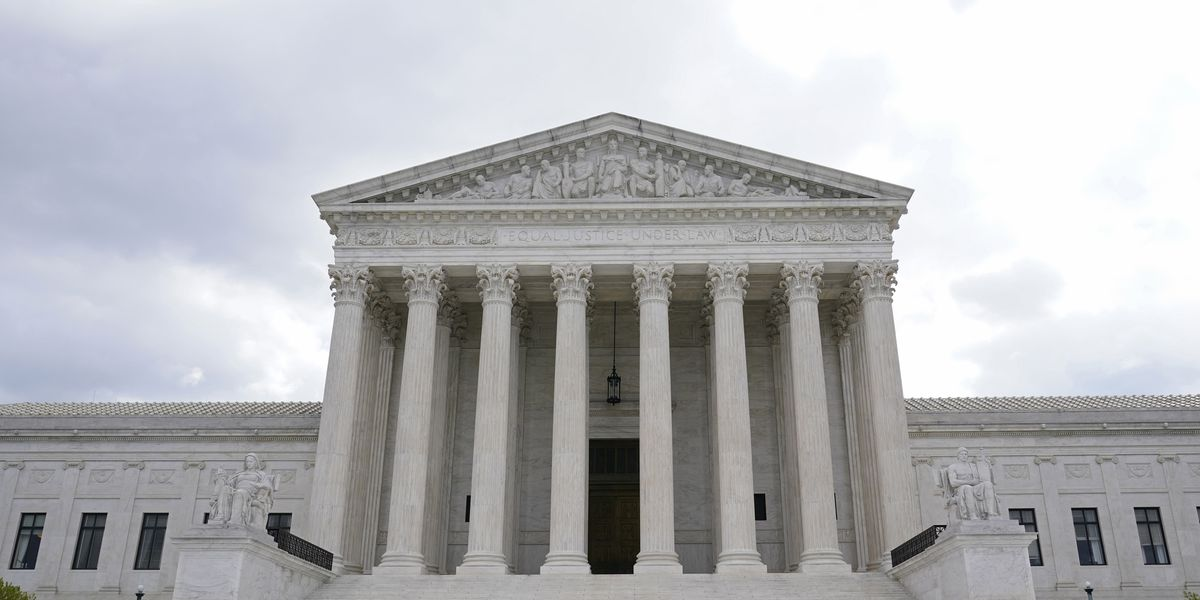 Unusual Supreme Court coalition rules for immigrant