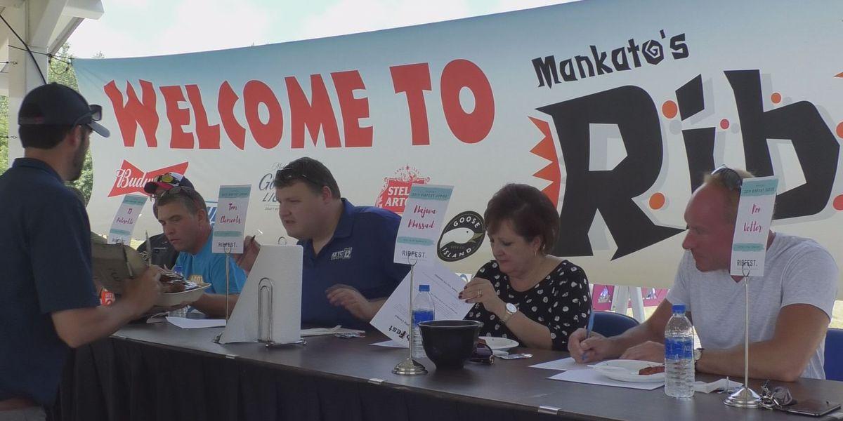 Judges pick best ribs of RibFest