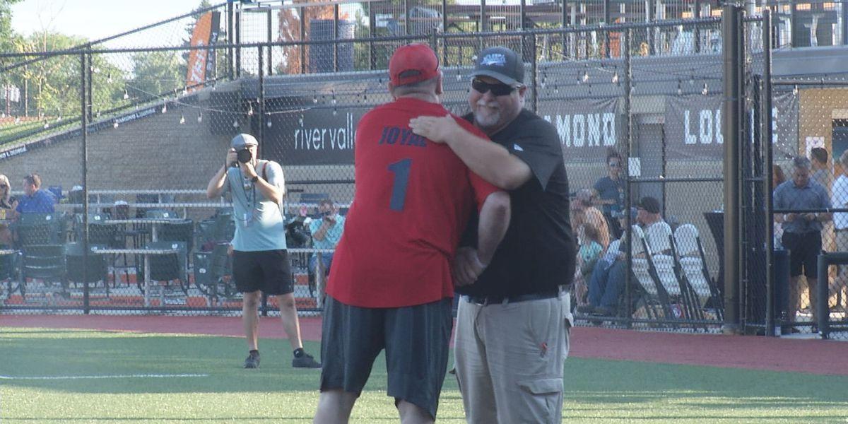 Softball game raises thousands for Mankato non-profit