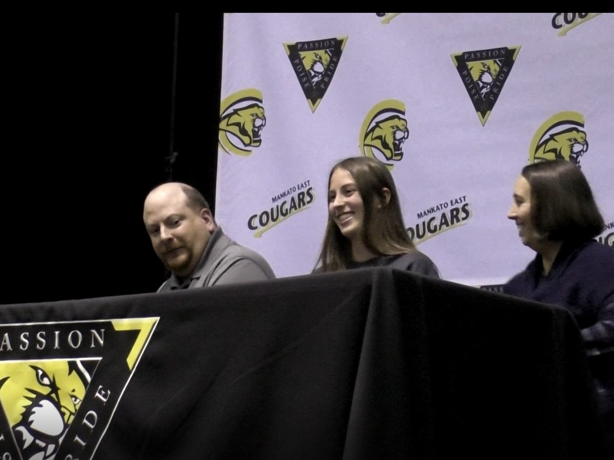 Plethora of local athletes sign National Letters of Intent