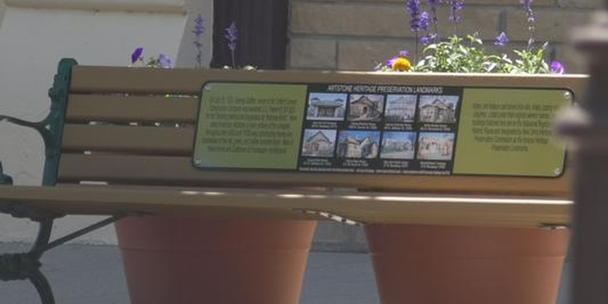 Residents stroll through time in New Ulm