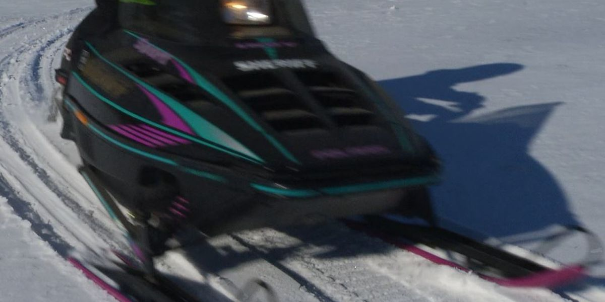 Girl dies in snowmobile crash in northwestern Minnesota