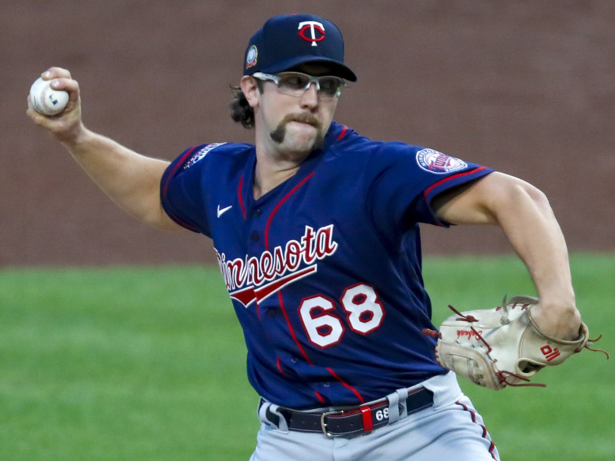 Dobnak scheduled to start for Twins at Brewers