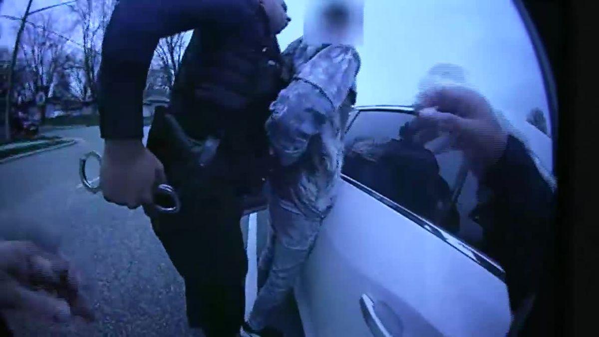 GRAPHIC: Police: Minnesota officer meant to draw Taser, not handgun