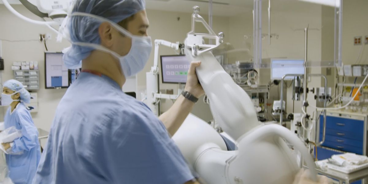 River's Edge Hospital and Clinic in St. Peter gets robotic-arm assisted technology