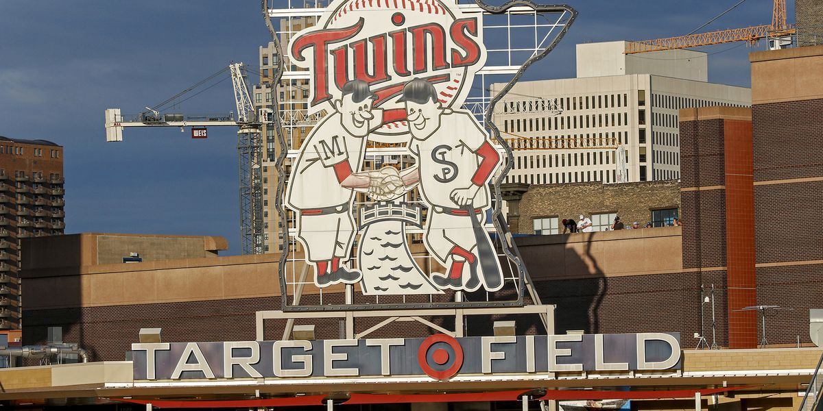 Twins, Phillies, Brewers set plans for 100% fan capacity