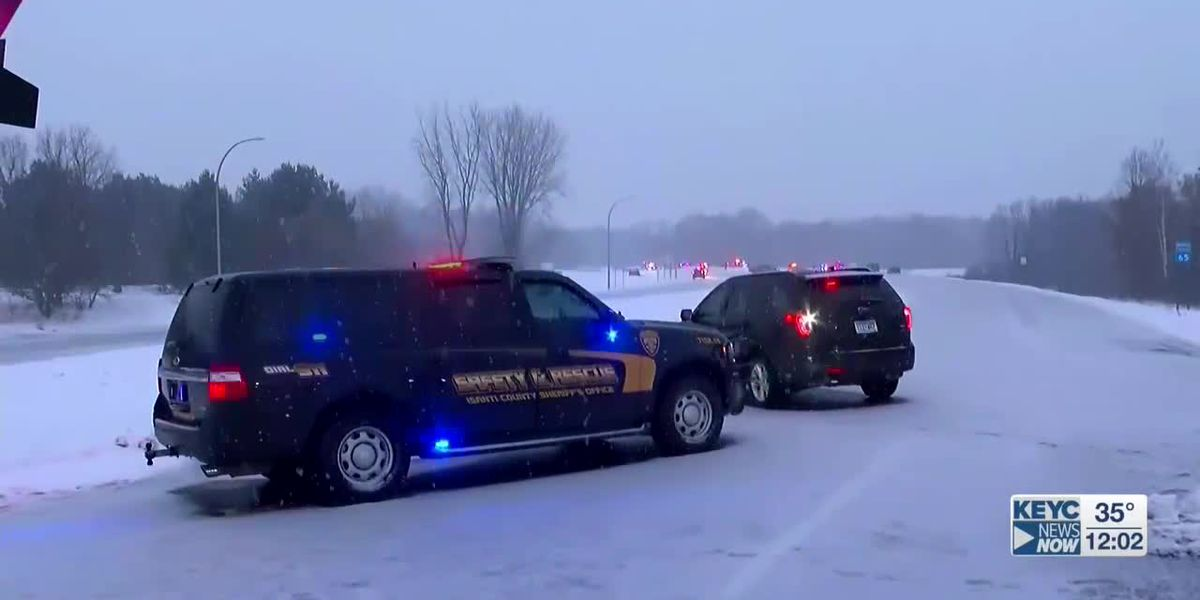 Police shoot, kill man in Minneapolis suburb after chase