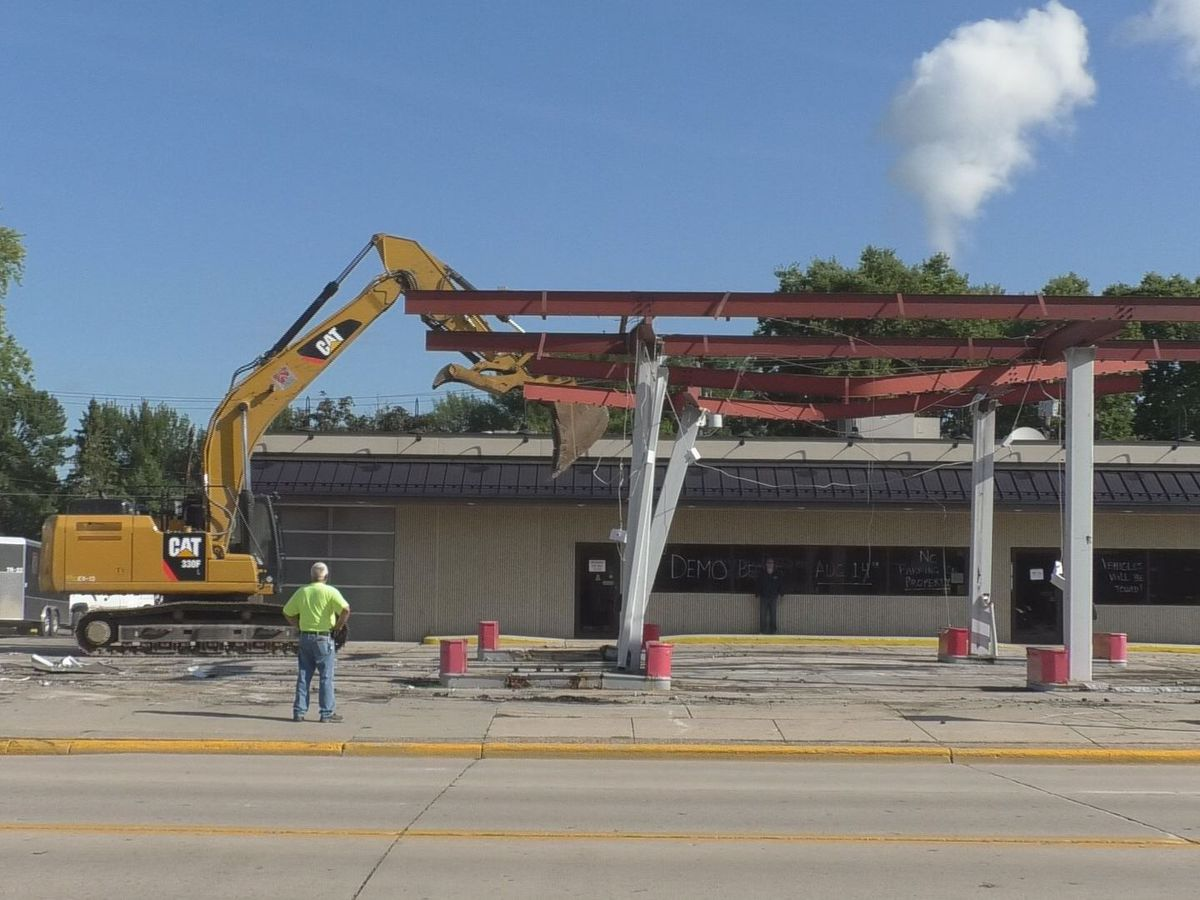 Demolition begins for new Frandsen location
