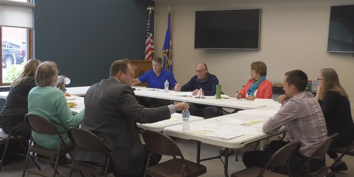 North Mankato City Council undergoes work session