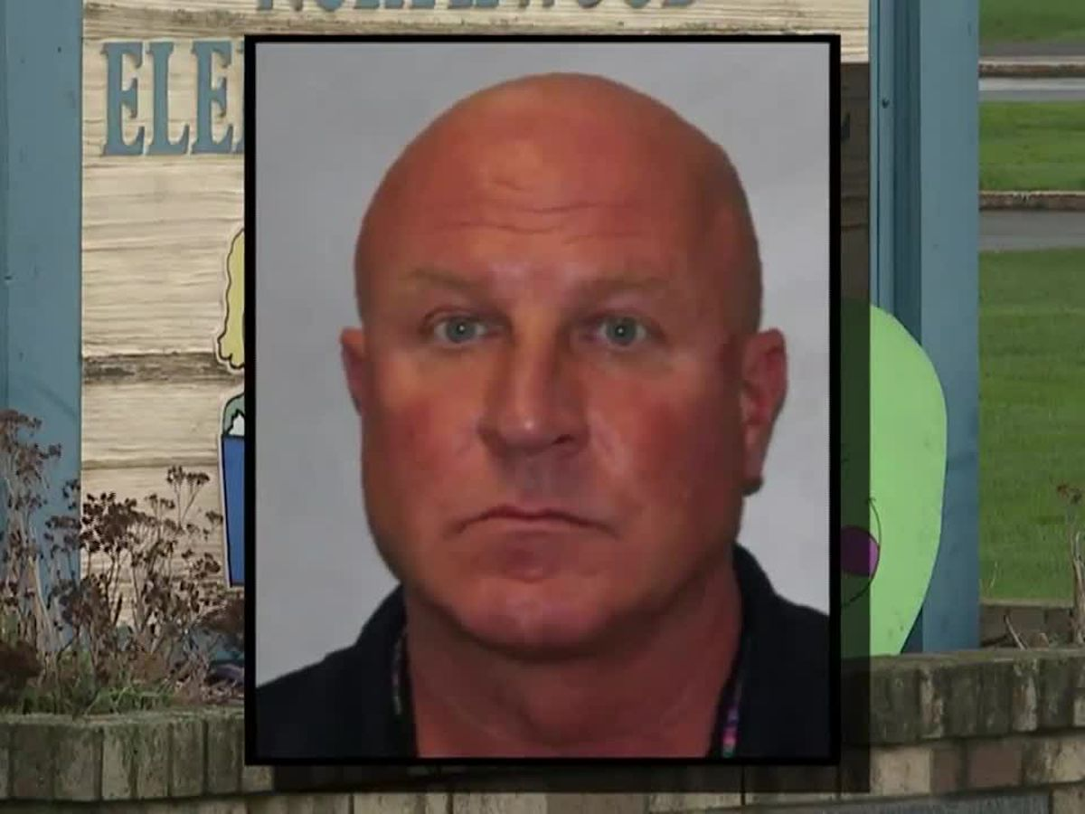 N.Y. elementary school principal accused of sexually abusing students