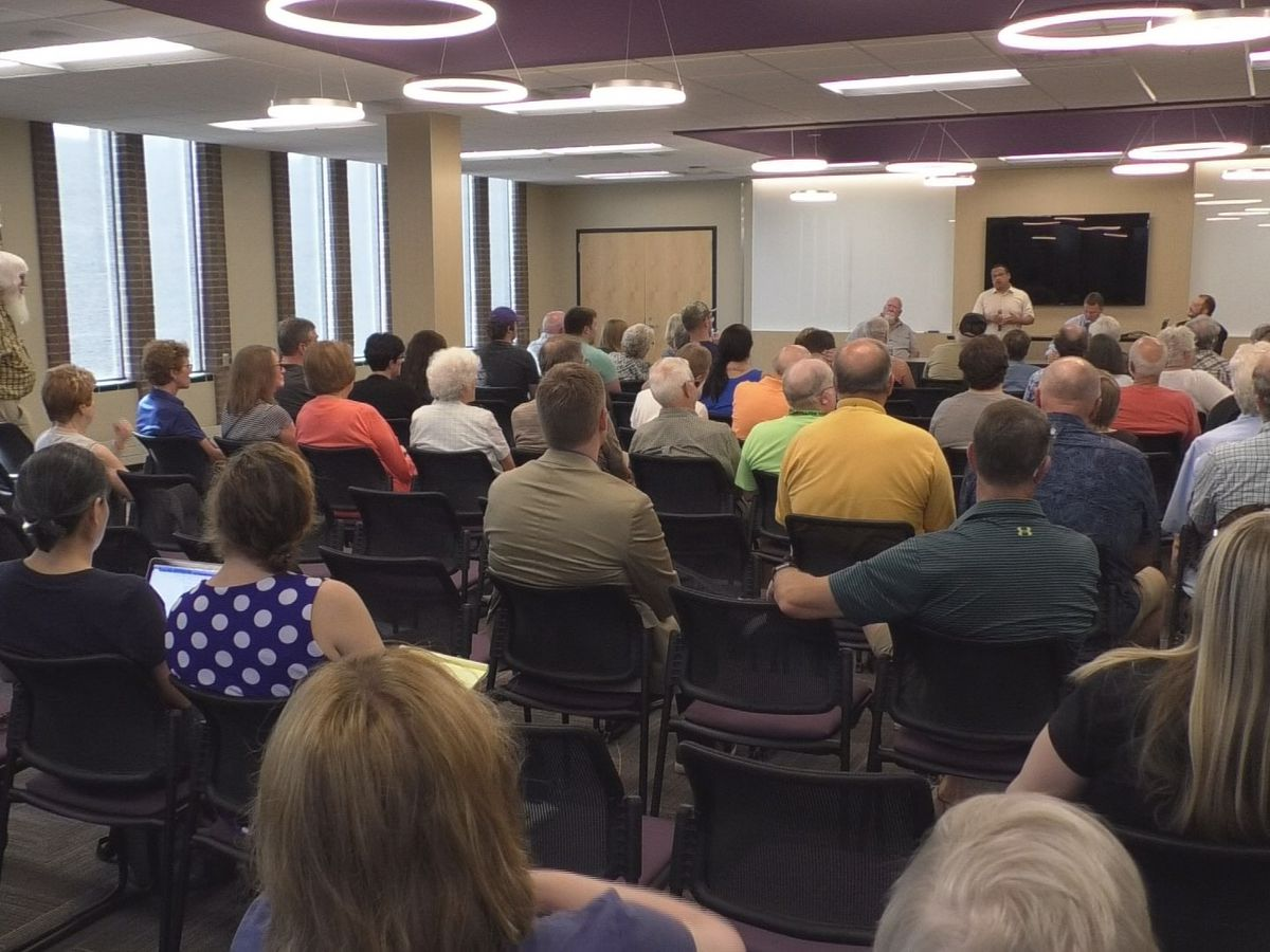Minnesota Attorney General Keith Ellison stops in Mankato on listening tour